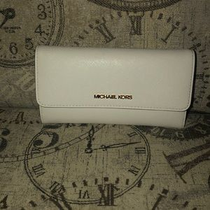 Price is NOT Firm-Michael Kors JST Trifold Wallet
